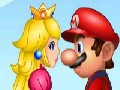 /abdb4aae58-mario-kissing