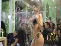 Claudia Colucci shower sexy in public!